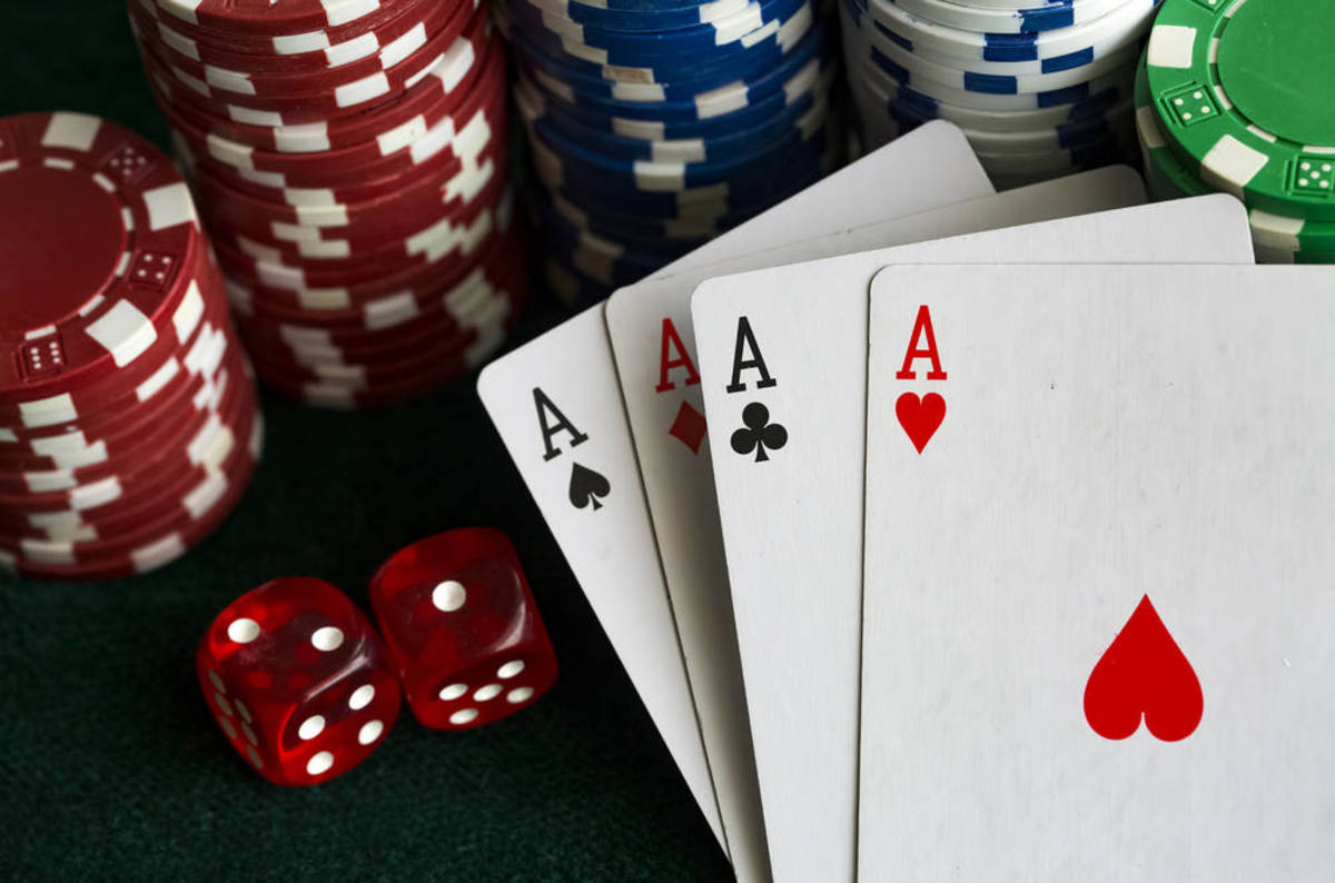 Discovering The Benefits Of Online Poker