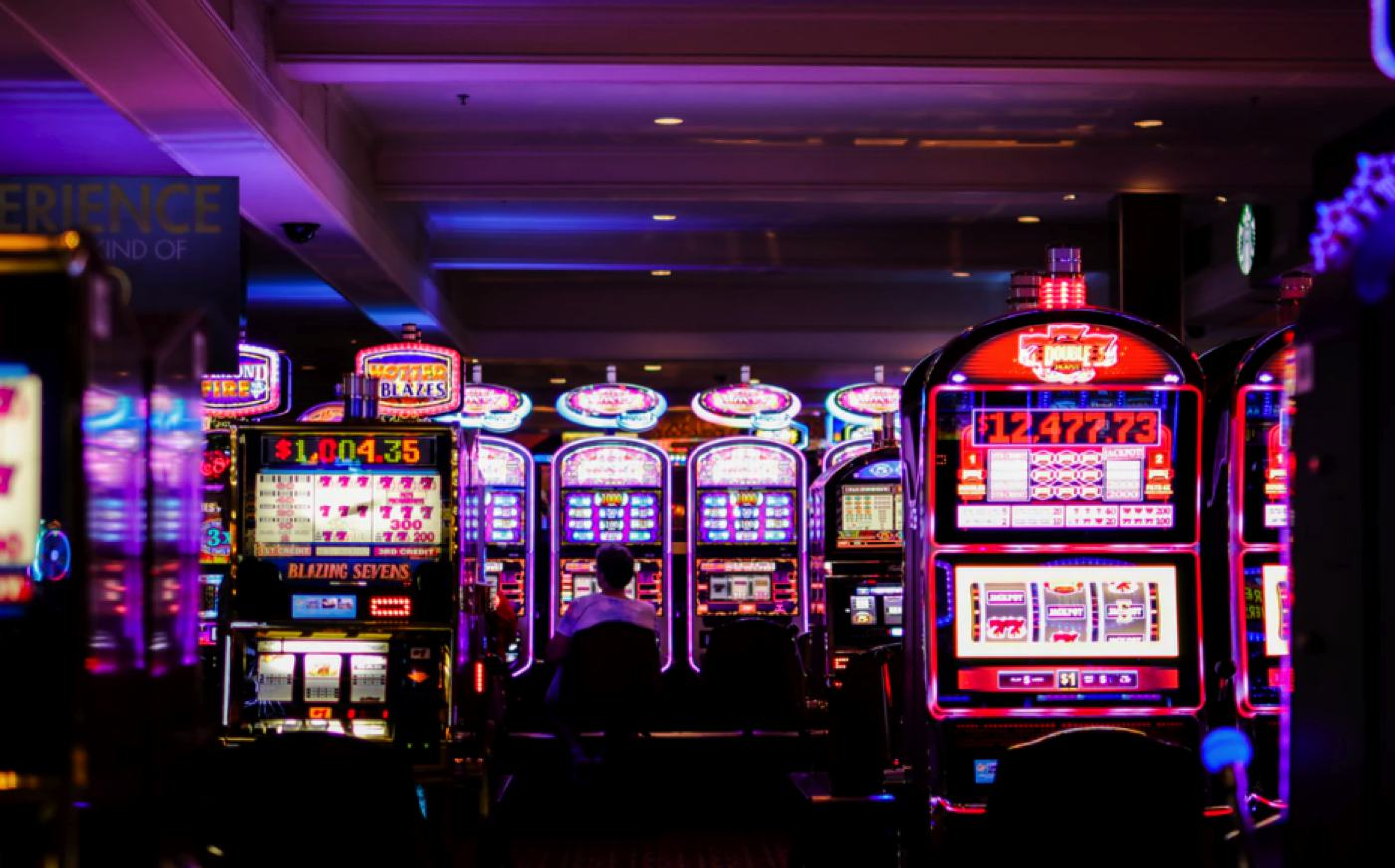 Can one make money with online slots?