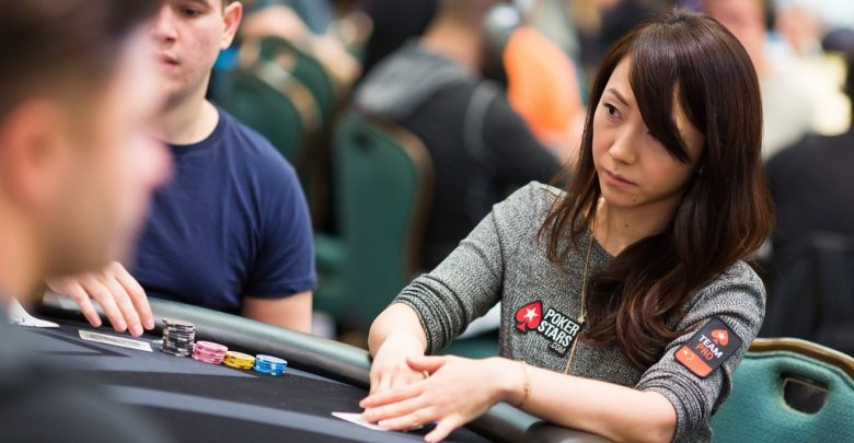How can online casino accommodates the average player?